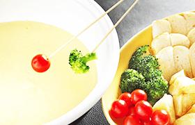 ●12月はブッフェに「チーズフォンデュ」が登場!●