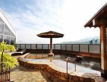 500メートルから湧き出る天然温泉「天拝の湯」女湯