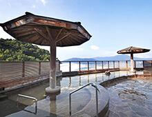 500メートルから湧き出る天然温泉「天拝の湯」男湯