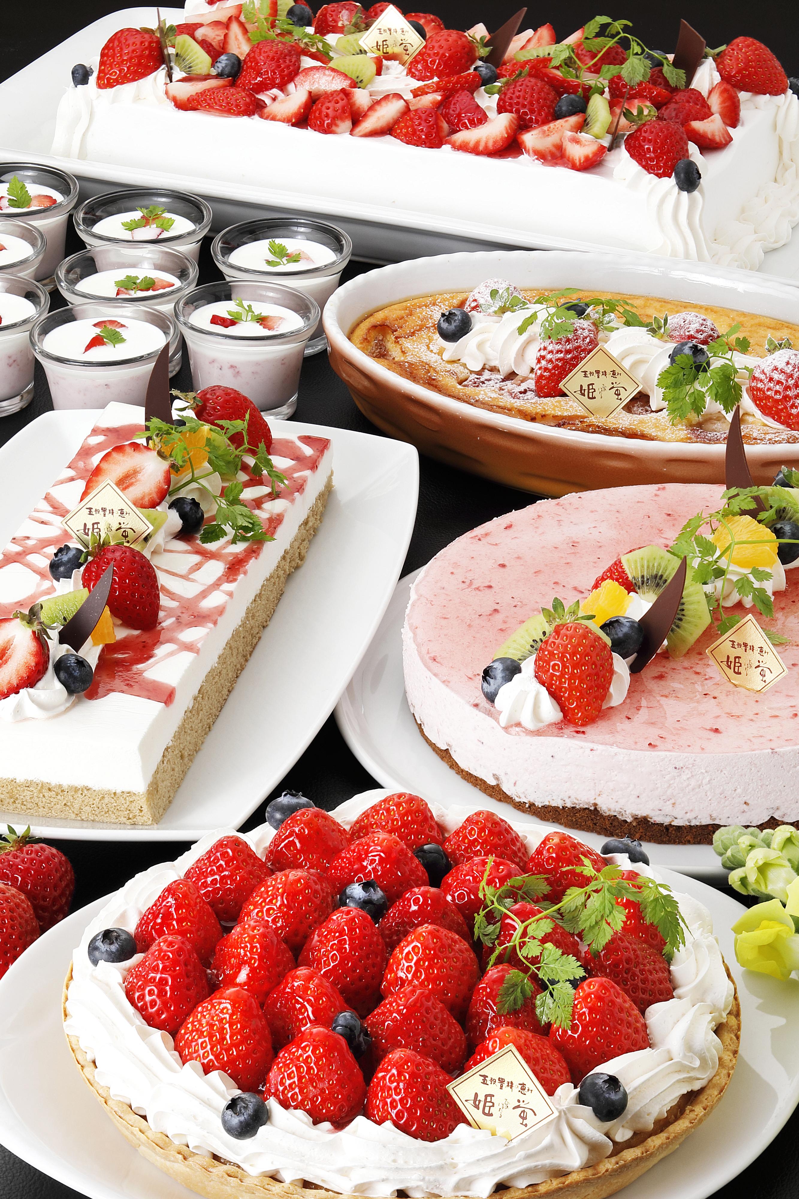 ●3月は、新鮮な朝積み苺を長崎より直送した「苺のスイーツ」が登場!●