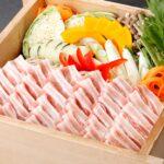 """<span class=""""title"""">3月の自然食ブッフェ姫蛍には「三元豚と春野菜のセイロ蒸し」「博多地鶏と魚介のパエリア」 「ゴルゴンゾーラと生ハムの濃厚クリームパスタ」が登場します♪ また、長崎直送の新鮮な朝摘み苺 「ゆめのか」使用のパティシエ 特製「苺のスイーツ」もブッフェを彩ります♬ そして、3月の平日夜のみ「海鮮だし茶漬け」もご堪能頂けます♪</span>"""